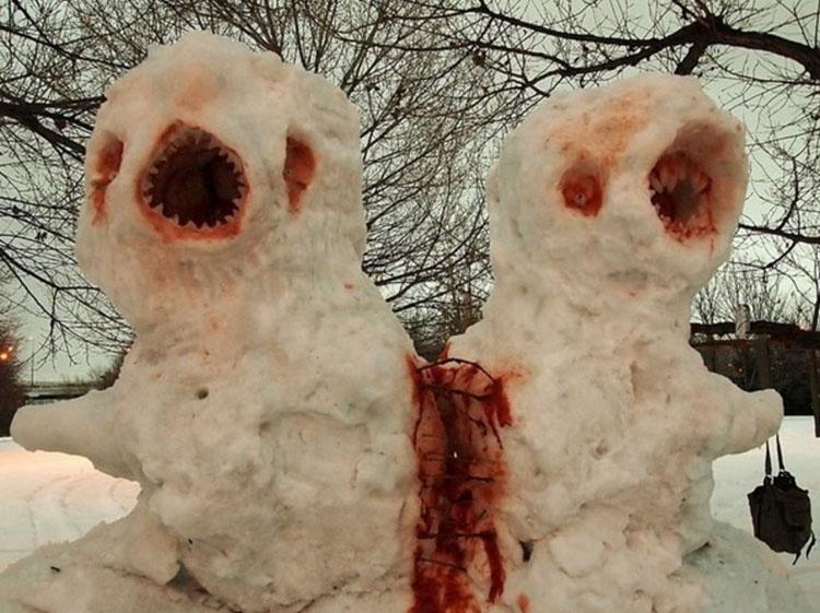 1. Den här är fruktansvärda snögubbar