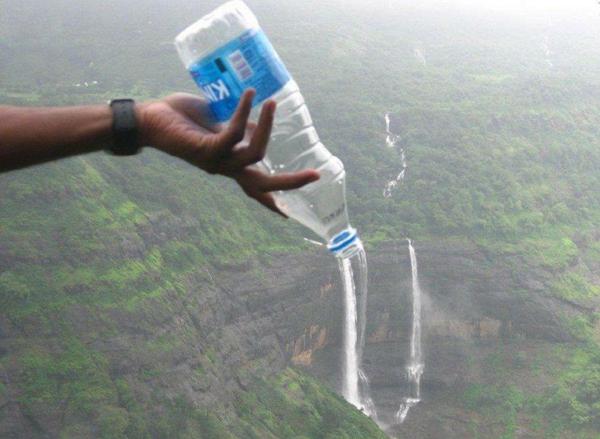1. Vattenfall från flaskan
