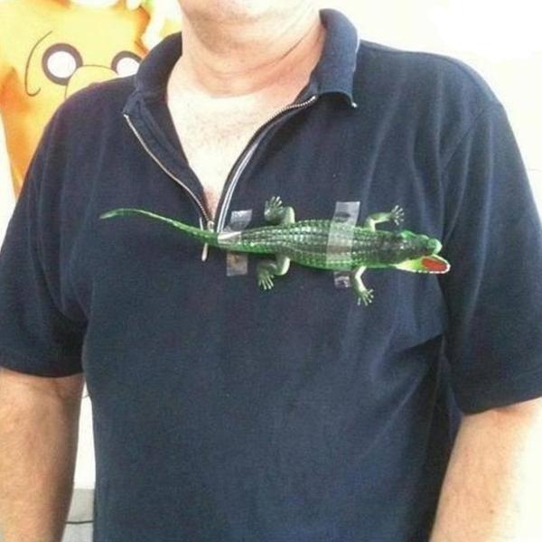 1. Alla vill väl ha en sån här tröja. Lacoste.