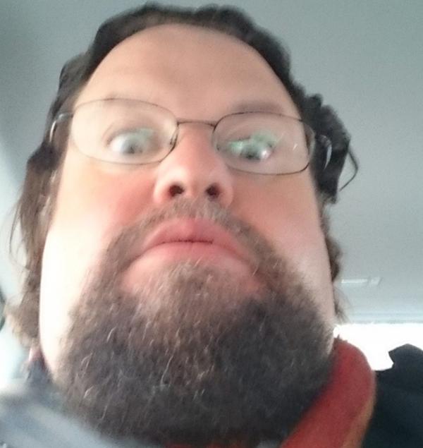 12. När man ska ta en selfie och råkar öppna framkameran: