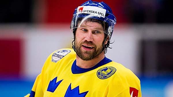 9. Alla vet att alla viktiga kändisar är från Norrland – som Foppa exempelvis.