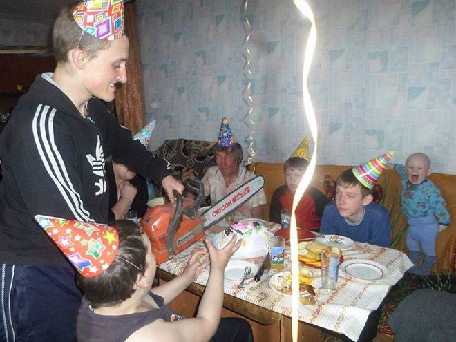 1. Hur man skär upp tårtan i Ryssland