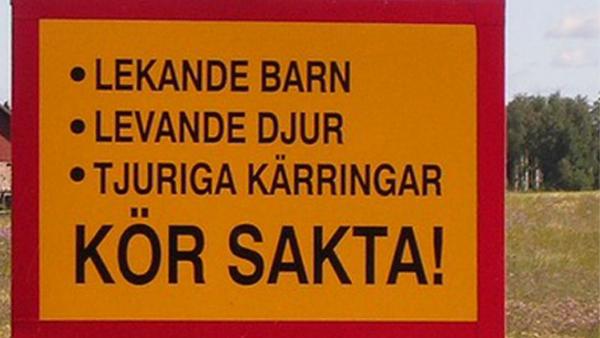 7 svenska vägskyltar som är riktigt konstiga - men roliga