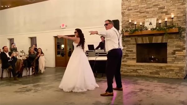Pappan och brudens bröllopsdans är helt fantastiskt. Det här får du inte missa!