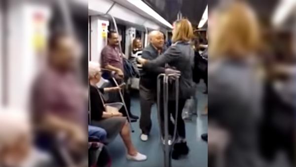 När han börjar dansa med en ung tjej på tåget gör hans fru något som får oss att skratta
