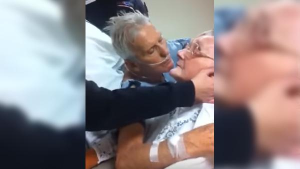 Han säger farväl till sin fru sedan 64 år - detta är sann kärlek